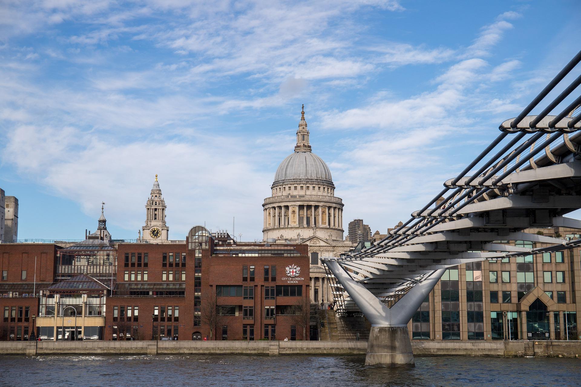 universitas terkenal di london